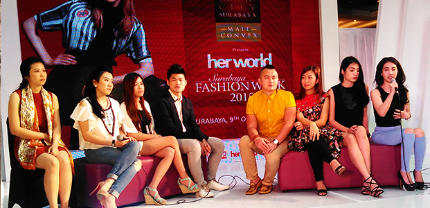 Para designer yang berpartisipasi dalam Her World Surabaya Fashion Week 2015