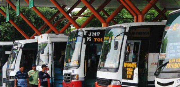 1.200 Bus Disiapkan Untuk Mudik Lebaran di Terminal Purabaya