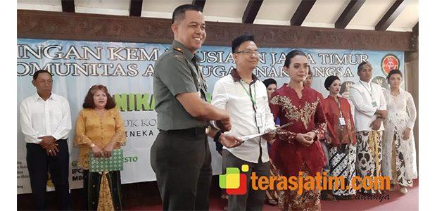 283 Pasang Pengantin Ikut Nikah Massal di Pendopo Kabupaten Malang