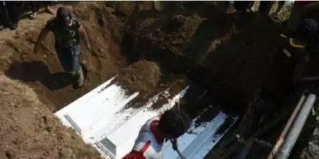 7 Jenazah Pelaku Bom Bunuh Diri di Surabaya Dimakamkan di Sidoarjo
