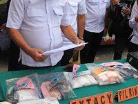 Satreskoba Polrestabes Surabaya Sita 2,3 Kg Sabu dari 8 Tersangka