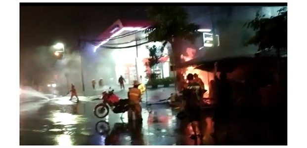 Ada 5 Kali Ledakan di Kawasan SPBU Margomulyo Surabaya