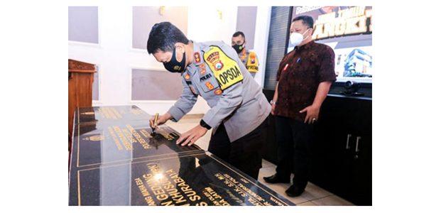 Kapolda Resmikan 3 Gedung Pelayanan Publik di Mapolrestabes Surabaya