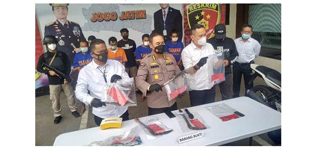 Jatanras Polda Jatim Tangkap Komplotan Perampok asal Lumajang
