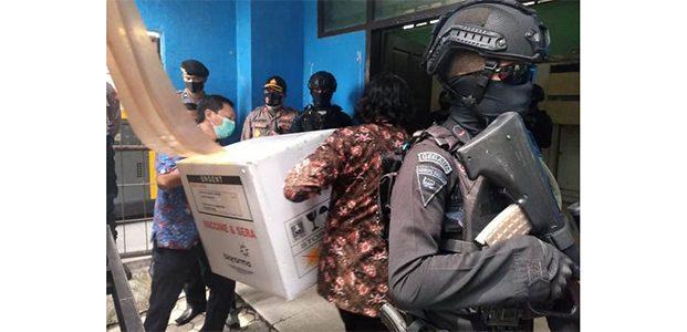 Vaksin Covid -19 Untuk Jatim Tiba di Surabaya