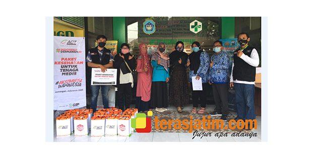 Aksi Bantu Indonesia, Beri APD Untuk Tenaga Medis di Lamongan