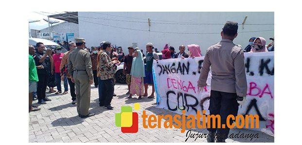 Aksi Warga Sidodadi Tolak Tempat Isolasi Pasien Corona, Ini Tanggapan Plt Bupati Sidoarjo