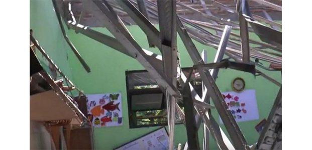 Atap SD Gentong Pasuruan Ambruk, Polisi Periksa Pegawai Dinas Pendidikan dan Kontraktor