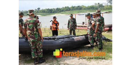 Antisipasi Bencana di Ngawi, Yonarmed 12 Divif 2 Kostrad Gelar latihan Penanggulangan Bencana Alam