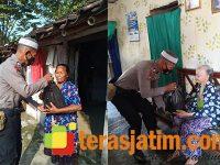 """Pak Fauzi Ada Dimana-mana Bagikan Sembako ASTUTI """"Jumat Peduli"""" Polres Bojonegoro"""