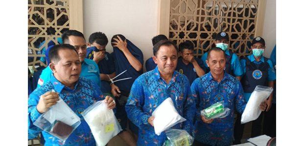 BNNP Jatim Sita 18,3 kg Sabu dari Pasutri di Sampang Madura