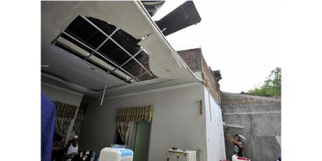 Banjir Bandang dan Angin Lesus Mengamuk di Tulungagung
