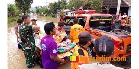 Banjir Rendam 3 Desa di Sutojayan Blitar, Warga Dievakuasi