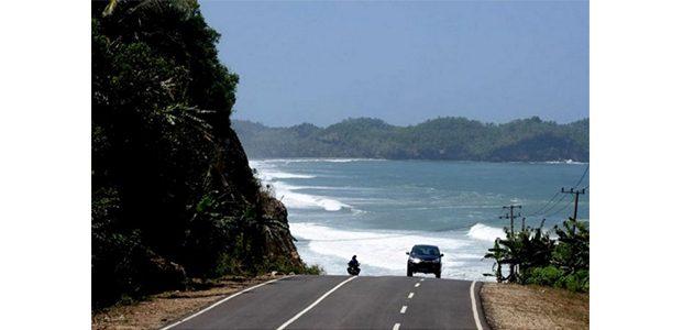 Banyak Pemandangan Wisata, Pemudik Diminta Gunakan Jalur Pantai Selatan Jatim