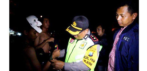 Bawa Sabuk Yang Dipasangi Gir, 3 Remaja Bertato Terjaring Razia Polisi