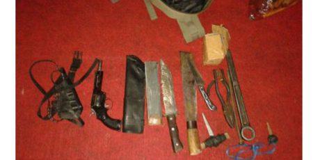 Bawa Senjata Tajam di Mapolsek Glenmore, 2 Pria asal Sidoarjo dan Tulungagung Diamankan
