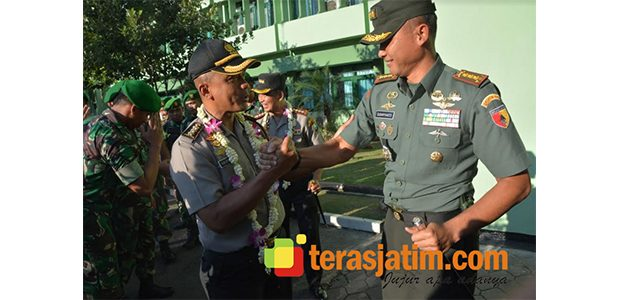 Bentuk Sinergitas, Korem Bhaskara Jaya Gelar Pelepasan dan Penyambutan Kapolrestabes Surabaya