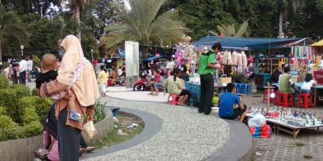 Besok, Pemkab Gresik Pindahkan 44 PKL Alun-Alun Kota ke Jalan Notoprayitno