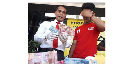Bobol Uang Toko Ratusan Juta, Pria asal Ngimbang Lamongan Ditangkap Polisi