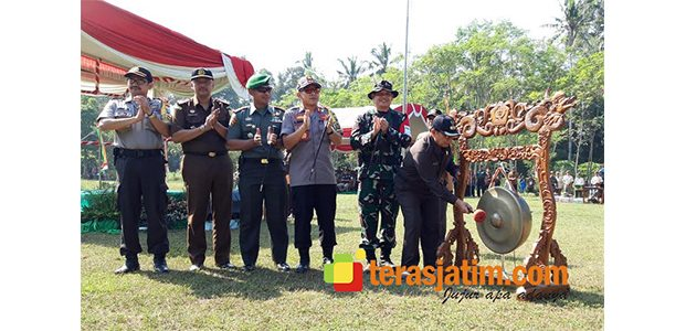 Bupati Blitar Buka Pembukaan TMMD di Karangbendo Ponggok