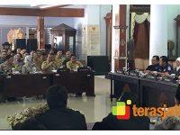 Bupati Blitar Paparkan Persiapan Pemilu 2019 ke Gubernur Jatim