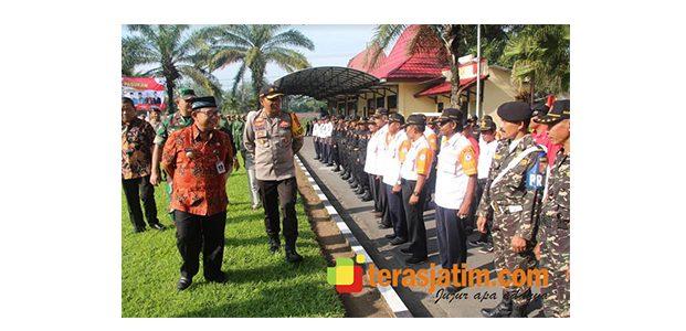 Bupati Blitar Tinjau Pasukan Pengamanan Pemilu 2019
