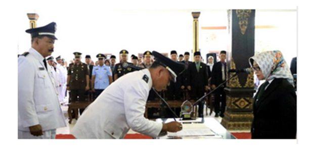 Bupati Jombang Lantik 279 Kepala Desa Periode 2019-2025
