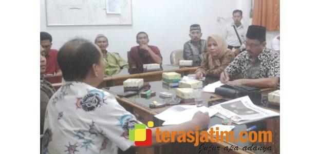 Bupati Tunda Lantik Kades, Perwakilan Warga Seletreng Datangi DPRD Situbondo