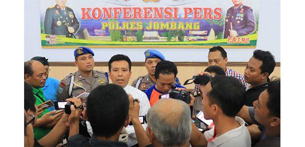 Gerayangi 2 Muridnya, Oknum Guru di Jombang Dibekuk Polisi