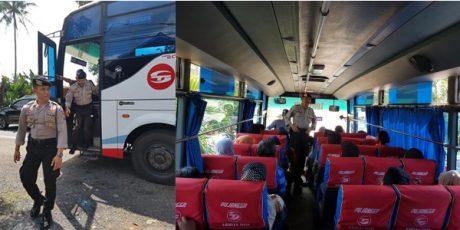 Cegah Kejahatan Jalanan, Pollres Malang 'Ngamen' di Bus