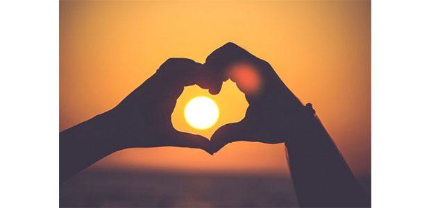 Cinta, Ternyata Bisa Sembuhkan 4 Penyakit ini