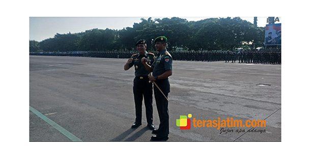 Tongkat Komando Dangartap III/Surabaya Resmi Beralih