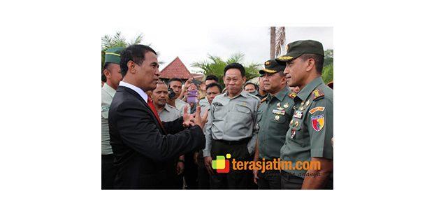 Danrem 083/Baladhika Jaya Dampingi Menteri Pertanian di Kabupaten Malang