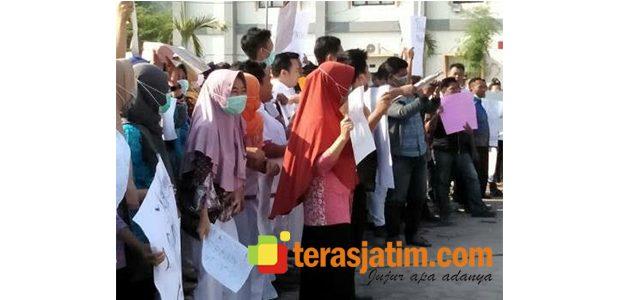 Jaspel Tak Terbayar, Karyawan RSUD Besuki Minta Direktur Dicopot