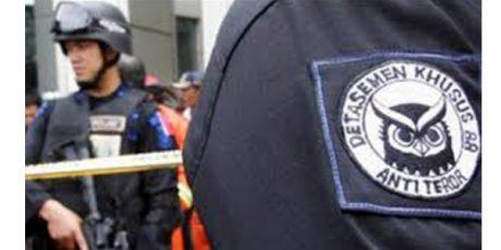 Densus 88 Tangkap Terduga Teroris di Kampung Inggris Kediri