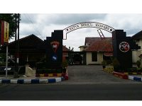 Densus 88 Tangkap Terduga Teroris di Pasar Sayur Caruban Madiun