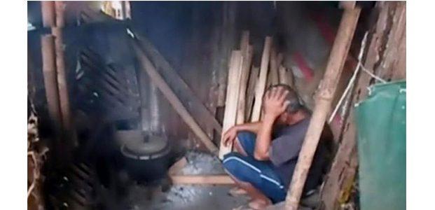 Di Nganjuk, Bapak dan Putrinya Tinggal di Kandang Kambing