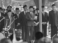 Di Pemakaman Habibie, Presiden Jokowi: Selamat Jalan Mister Crack, Selamat Jalan Sang Pionir