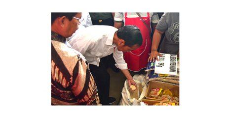 Di Tulungagung, Presiden Jokowi Blusukan ke Pasar Ngemplak