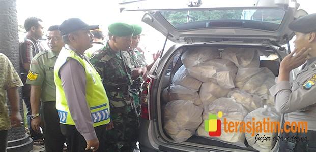 TNI Bantu POLRI Kawal Logistik Pilkada Kediri