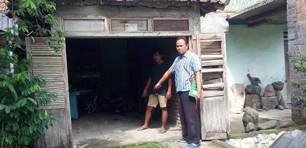 Ditinggal Buka Warung, Pasutri di Paron Ngawi Kehilangan Mobilnya