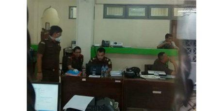 Dugaan Korupsi Perjalanan Dinas, Kejaksaan Geledah Kantor Inspektorat Bojonegoro