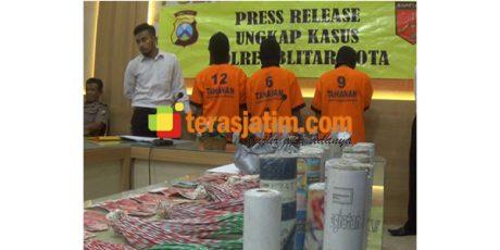 Edarkan Bubuk Mercon, 3 Pemuda di Blitar Diciduk Polisi