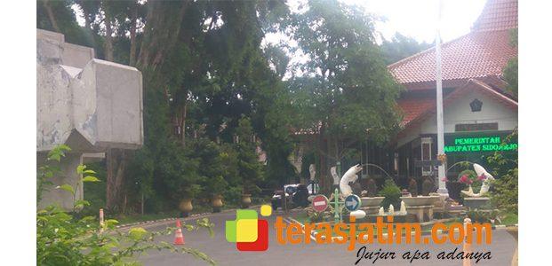Geledah Rumah Dinas Bupati Sidoarjo, KPK Sita Sejumlah Uang dan Dokumen