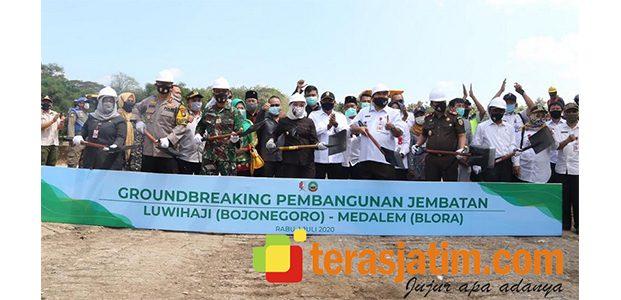 Groundbreaking Jembatan Luwihaji Bojonegoro, Wujudkan Mimpi Warga 2 Kabupaten Beda Provinsi