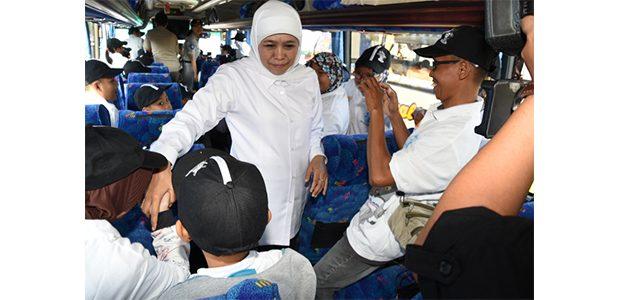Gubernur Jatim Bersama Kapolda dan Pangdam, Lepas Ribuan Peserta Mudik Gratis