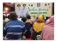 Di Bojonegoro, Gubernur Ajak Tukang Becak dan Tukang Sapu Sahur Bareng