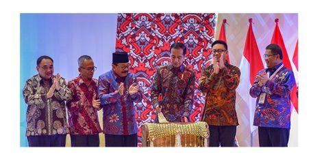 Hadiri Puncak HPN di Surabaya, Presiden: Media Konvensional Lebih Dipercaya Masyarakat
