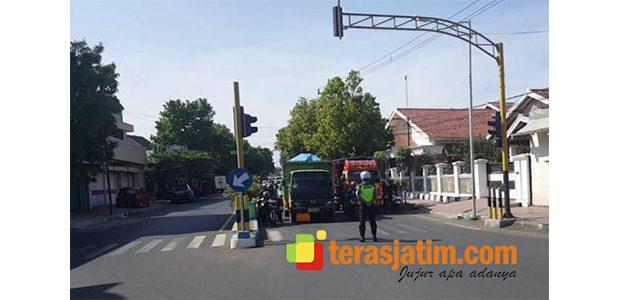 Hari Pahlawan, Polres Situbondo Ajak Pengguna Jalan Mengheningkan Cipta