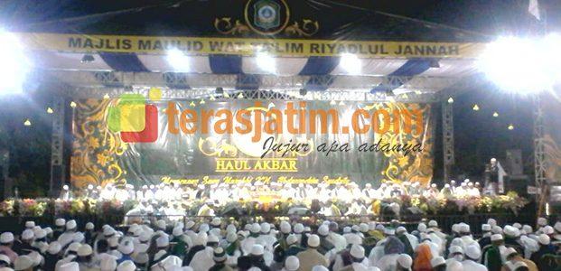 Haul Akbar Pendiri Majlis Maulid Riyadlul Jannah